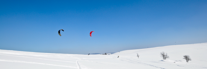 kite snowkiting moldava naish nobile flysurfer