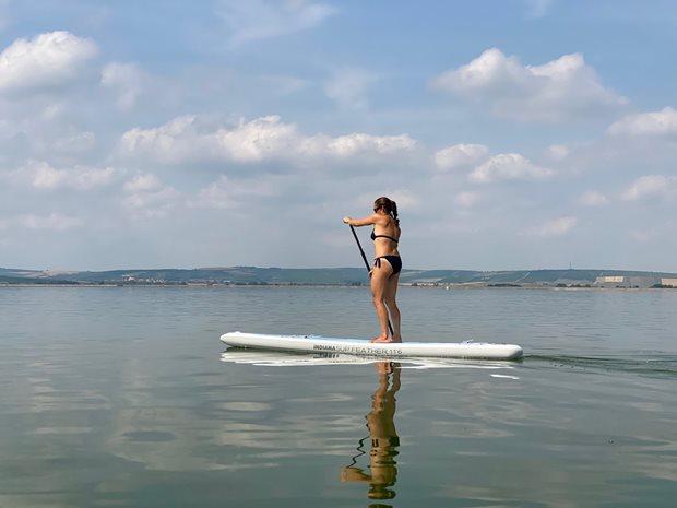 Test nejlehčího paddleboardu 7kg - INDIANA Feather - na vodě