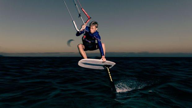 Naish S26 Kite Hydrofoil 810 - streapless