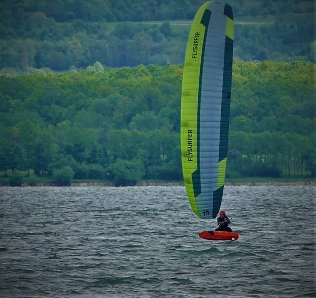 Kite Flysurfer VMG2 v plné kráse