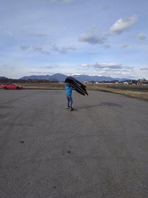 Velkonočný wing longboarding - prvé metry
